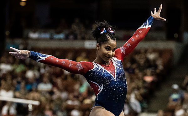 Chiles wins all-around bronze medal at Stuttgart World Cup