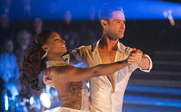 Simone Biles advances on Dancing with the Stars